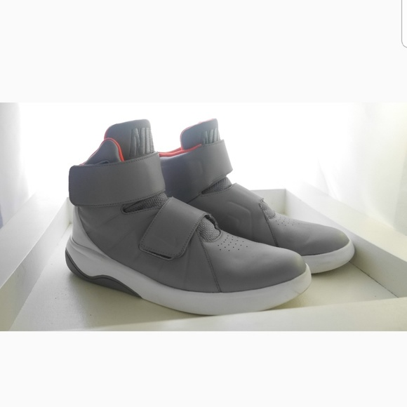 nike high tops with straps Shop